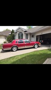 1994 Lincoln signature town car.