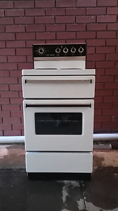 Small white oven and stovetop combo Rostrevor Campbelltown Area Preview
