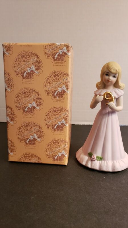 VINTAGE ENESCO GROWING UP BIRTHDAY GIRL BLONDE AGE 9 PORCELAIN FIGURINE - 1981
