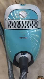 Miele vacuum cleaner S5211