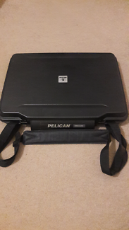 15.6 inch Pelican 1095 hard case with strap