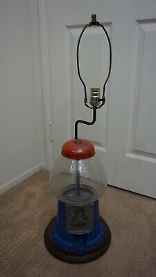 ++ VINTAGE UNIQUE ONE CENT GUMBALL MACHINE TABLE LAMP - WORKING! ++