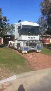 Truck for sale Mack Magnium Welshpool Canning Area Preview