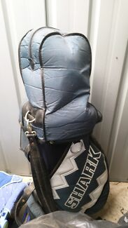 Golf clubs and bag Hillside 3037 Melton Area Preview