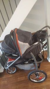 Jogging stroller, baby eat exp 2021 and 2 Graco quick connect