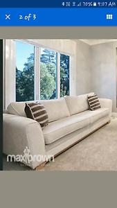Couch sofa harvey norman Yarra Glen Yarra Ranges Preview