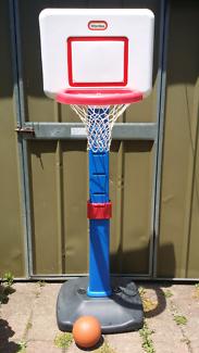 Little tikes adjustable basketball set