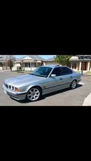 Rare BMW 530i V8 e34