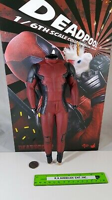 Hot Toys MMS490 Deadpool 2 action figure's 1/6 scale body and uniform only