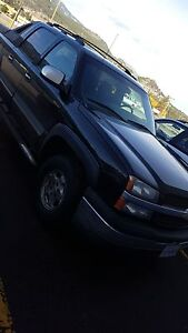 2005 Chevrolet Avalanche LS 4x4 **reduced**