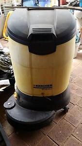 Karcher Scrubber very little use, one owner Girrawheen Wanneroo Area Preview