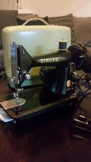 Vintage Singer 99k sewing machine  Hamilton Newcastle Area Preview