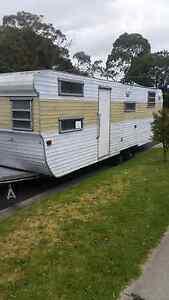 28 foot tandom caravan Seaford Frankston Area Preview