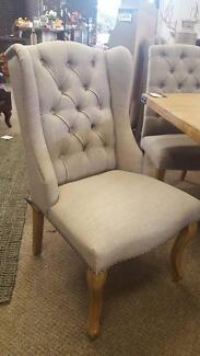 Wingback dining chairs in grey PerFurEmp