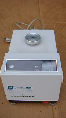 Sartorius GMBH Balance Scale capacity 200 gram Model Type 1106 Laboatory Medical