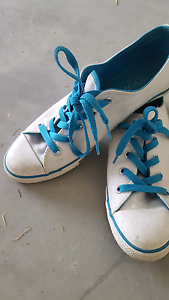 Converse shoes Redbank Plains Ipswich City Preview