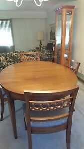 Dinning Table Chairs Hutch