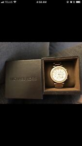 MAKE AN OFFER - Michael Kors Rose Gold Watch