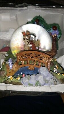 DISNEY'S Lady and the Tramp Musical Snow Globe Bella Notte This Is The Night
