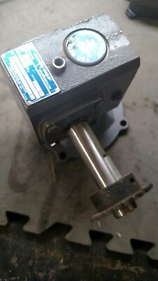 Boston Gear Right Angle Gearbox Speed Reducer F713-20-b5-g 201 Left