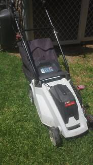 LAWN MOWER Corded Electric Flagstaff Hill Morphett Vale Area Preview