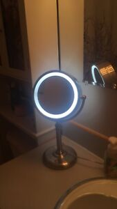 Make up mirror with light