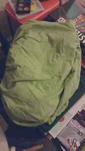 King single fitted sheet - green Kingswood Penrith Area Preview