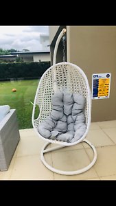 Egg chair - outdoor