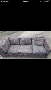 3 SEATER COUCH - GREAT CONDITION - DELIVERY AVAILABLE