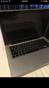 09 MacBook Pro *NEED GONE TODAY*