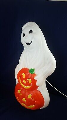 Lighted Friendly Ghost Blowmold with Two Pumpkins WORKS 1998 #31104 Halloween VG