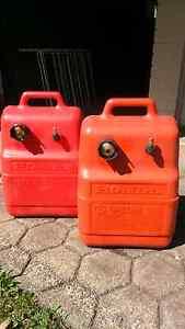 2 × Honda fuel tanks Wulagi Darwin City Preview
