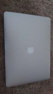 Macbook pro 2015 retina 13.3 inch 256SSD almost brand new warrant Lakemba Canterbury Area Preview