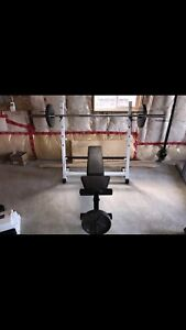 Bench press flat/incline/decline and leg extension