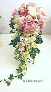Wedding Flowers by Christine - Sunpetals Florist North Sydney North Sydney Area Preview