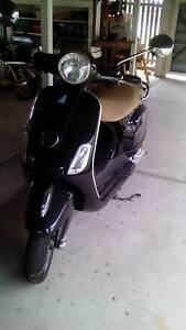 2010 vespa lx50 moped Silkstone Ipswich City Preview