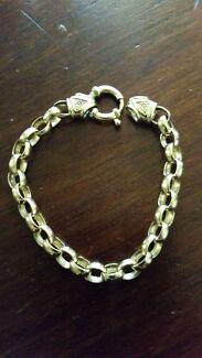 Gold 10 CT  Belcher bracelet Kurri Kurri Cessnock Area Preview