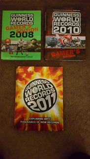 Guiness World Records Books 2011 & Video Gamer Editions******2010
