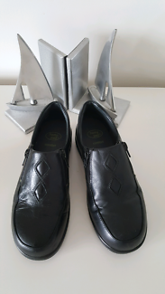 Homy Ped comfort shoes size 5.5