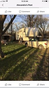 2004 FLAGSTAFF WITH SLIDE OUT AND SHED PLUS CONVERTIBLE VW