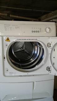 6kg Condenser clothes dryer