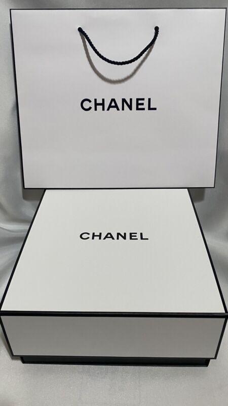 """CHANEL Signature Square Empty White Gift Box 8.5"""" x 8.5"""" x 3.75"""" + Paper Bag"""