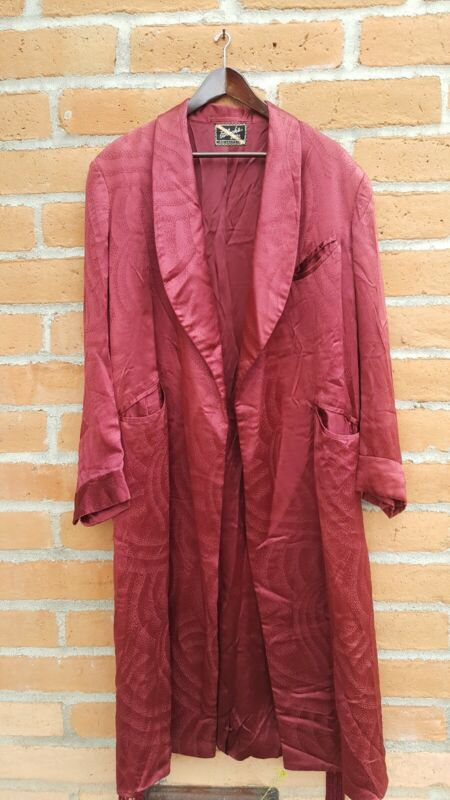 AMAZING TRUE VINTAGE 1940s SILK ROBE
