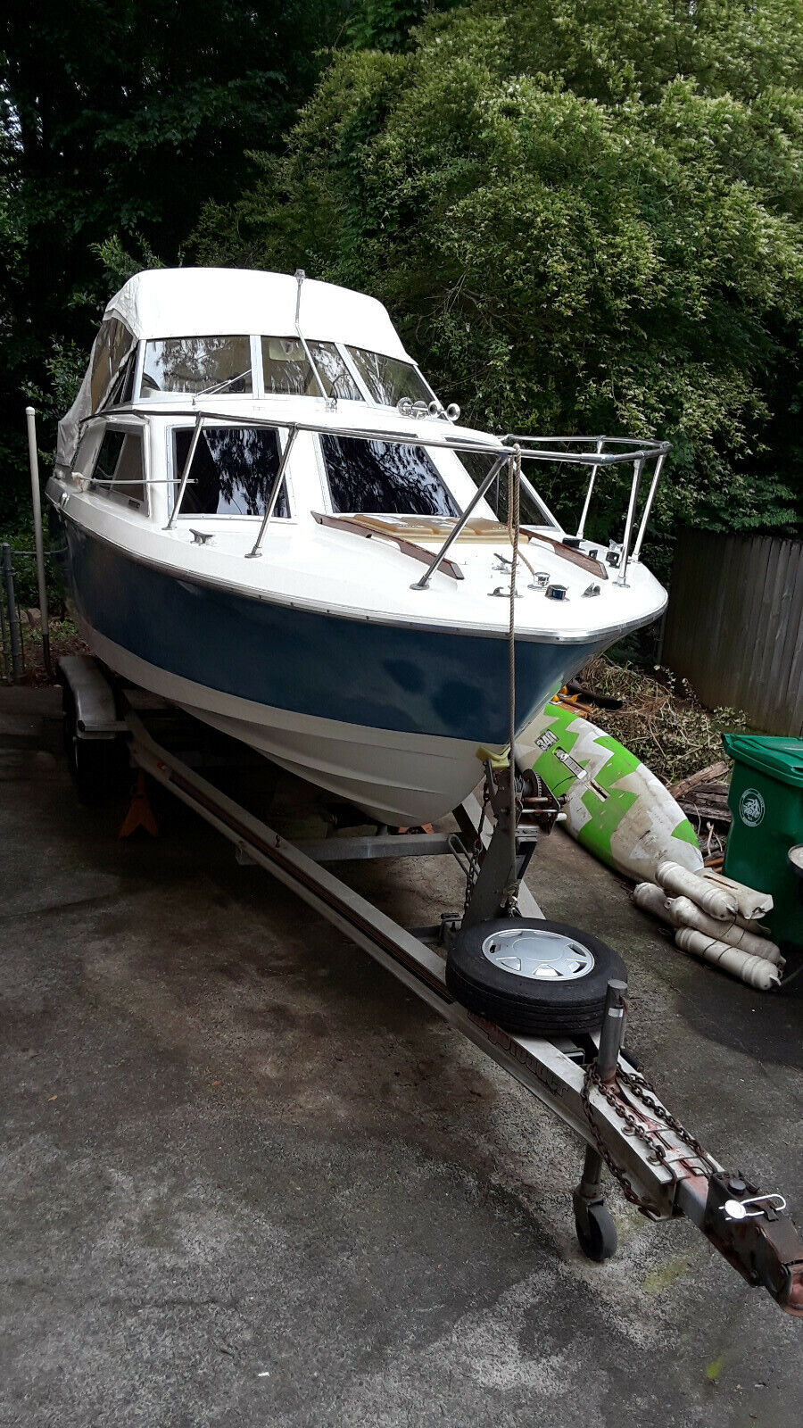 PROJECT - 1979 Crestliner 21-1/2 Foot Cabin Cruiser With Trailer