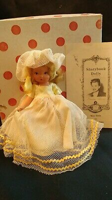 1940's NANCY ANN STORYBOOK BISQUE DOLL, 5.5