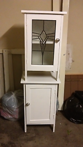 Matching bedside cupboards Ormond Glen Eira Area Preview