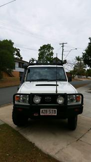 V8 Landcruiser wagon
