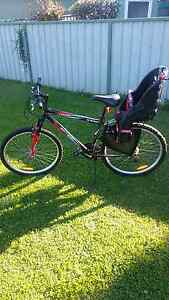 Mens bike and child carry seat Maitland Maitland Area Preview