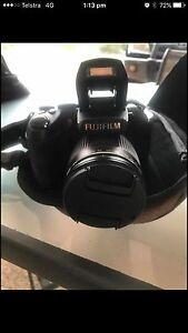 FUJIFILM Finepix HS20 EXR Camera & Bag Durack Palmerston Area Preview