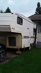 1989 22.5 foot vanguard fifth wheel camper